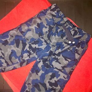 TOMMY HILFIGER boy's blue camo shorts XL 20
